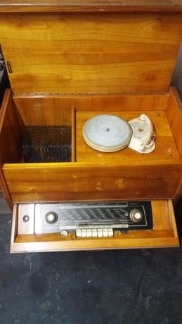 Radio gramofon VIOLA