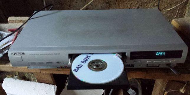 Odtwarzacz DVD Hyundai + pilot