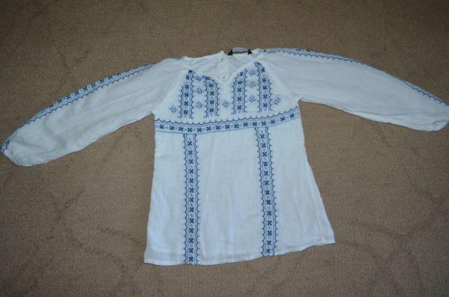 Детская вышиванка на 4 года вышитая блузка в украинском стиле