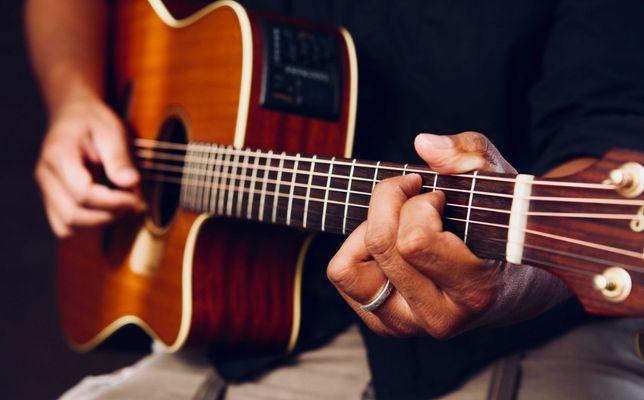 Nauka gry na Gitarze Wokal Keyboard Perkusja