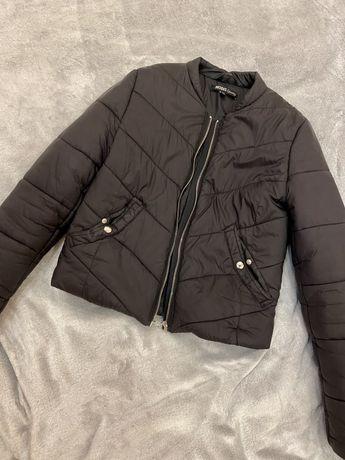Легкая дутая куртка р.S