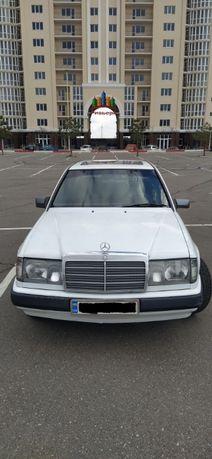 Mercedes - Bens W124
