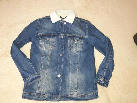 Куртка джинсовая на меху stradivarius S.