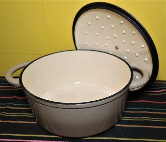 Panela Caçarola Assadeira  em ferro fundido 2 litros