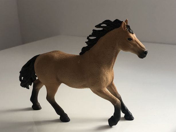 Schleich koń Quarter Horse ogier