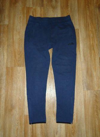 Cпортивные штаны Ellesse