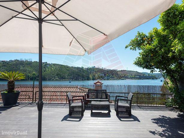 Moradia T4 com piscina vistas Fantásticas sobre o rio Douro