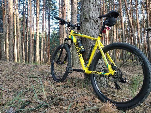 Велосипед горный GIANT ATX 2