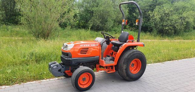Kubota STV32 traktor komunalny ogrodowy
