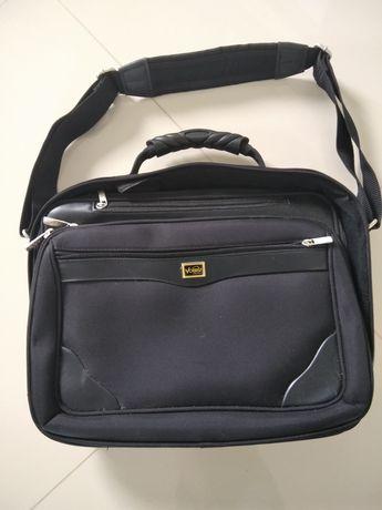 Solidna torba na laptopa vobis
