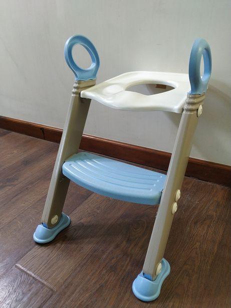 Детское сиденье для унитаза с лестницей