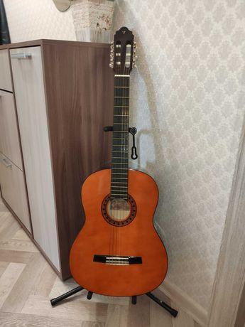 Гитара классическая VALENCIA CG-160