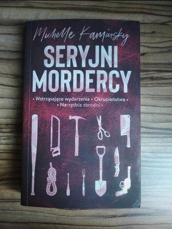 """Książka """"Seryjni Mordercy"""""""