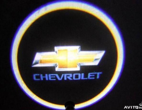 Лазерная подсветка дверей с логотипом Chevrolet