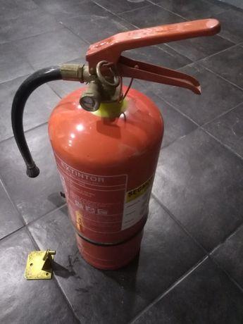 Extintor de pó seco