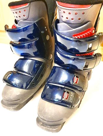 Sprzedam buty nordica 25.0/25,5