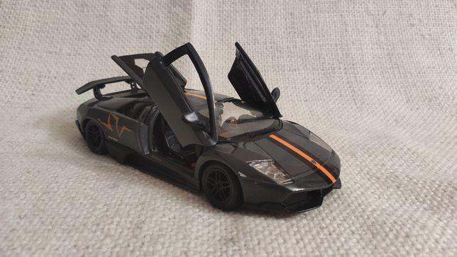 Модель Lamborghini Murcielago LP 670-4 SV Bburago 1.24