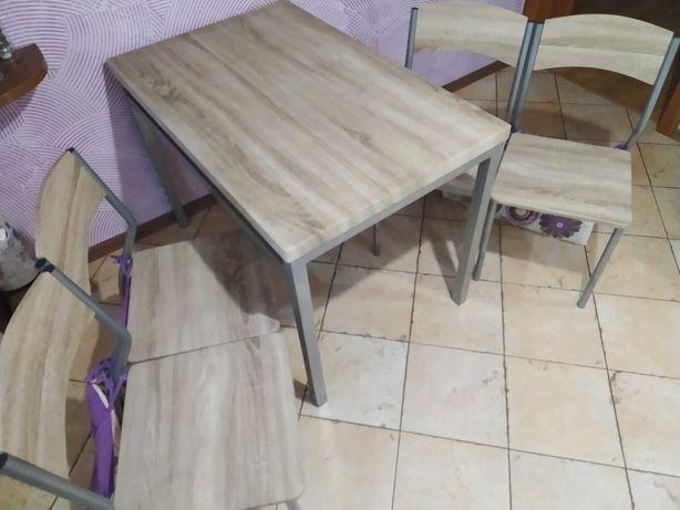Stół jadalny do kuchni