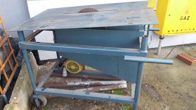 Sprzedam piłę do cięcia drewna,dodaję dodatkowo do niej silnik 3KW