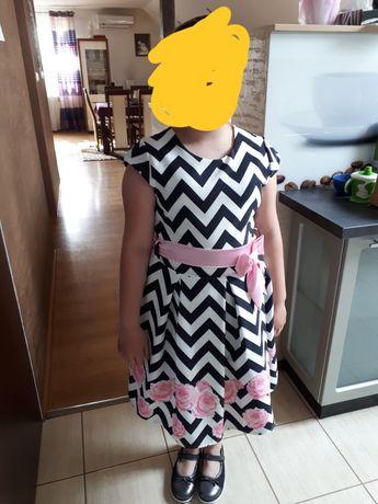Sukienka wizytowa, wyjściowa na komunię  r.158 z tiulem stan idealny
