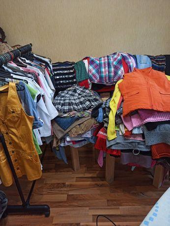Вещи на девочек блузки, сарафаны, футболки, платья, джинсы, майки