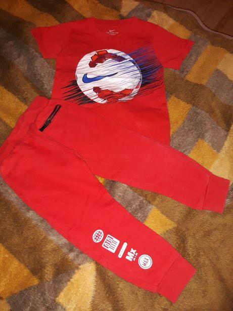 Dres orginalny Komplet Nike spodnie+ koszulka