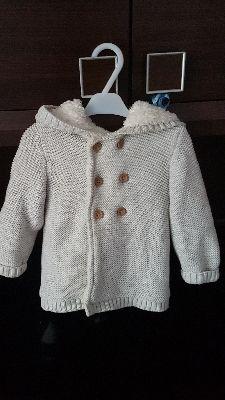Ciepły sweterek