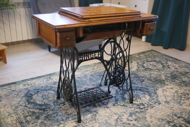 Stolik maszyna do szycia SINGER Vintage