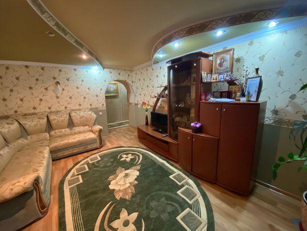 Продам 4-х комн. квартиру, 1/10 эт., 130м.кв. → Донецк, ул. Кедрина