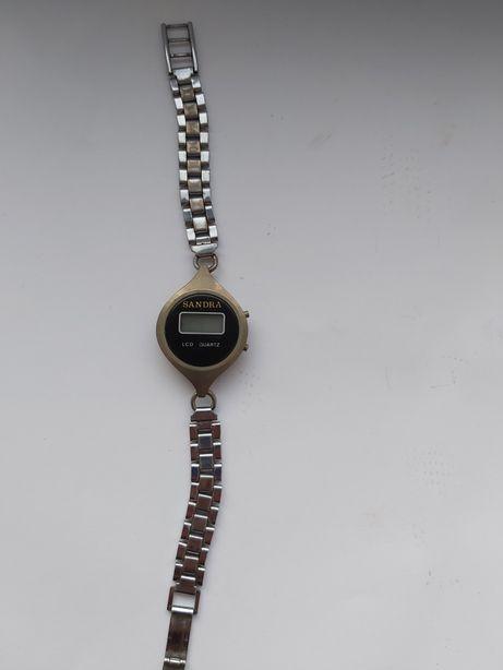 Stary zegarek LCD Sandra
