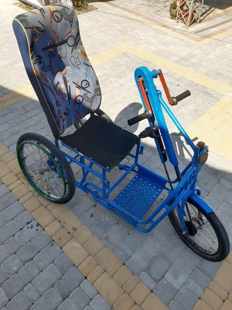 Велосипед для людей з обмеженими можливостями
