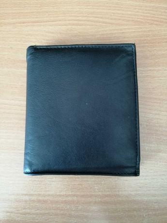 Przedam  nowy portfel