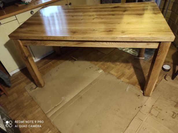 Stół dębowy lakierowany półmat