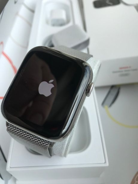 Apple Watch 4 44mm Stainless Steel