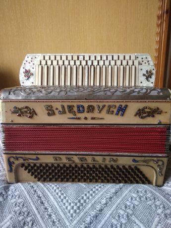 Akordeon,harmonia trzyrzedowa