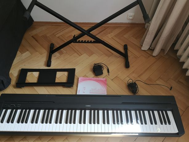 Pianino cyfrowe Yamaha P-45 + statyw, pulpit, sustain, okablowanie