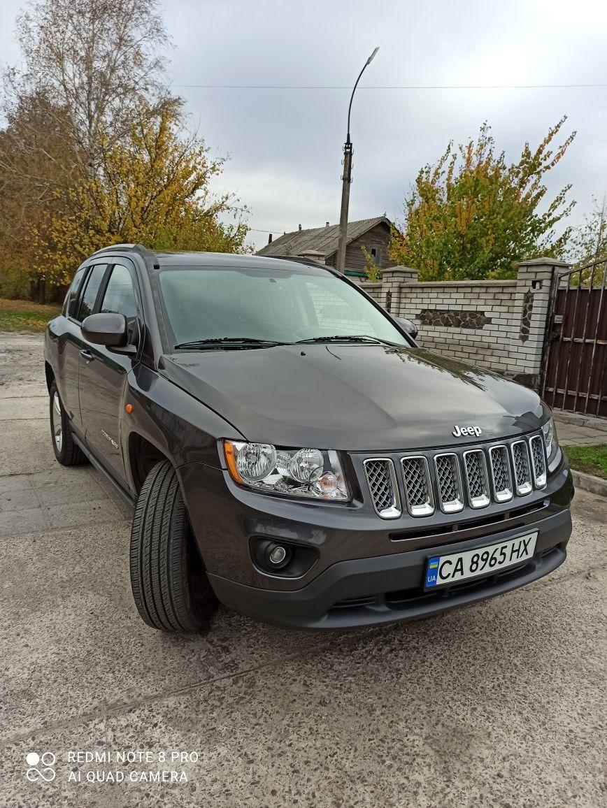 Продам кросовер Jeep - 1