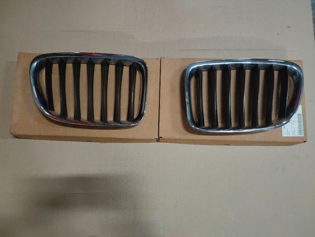Решетки радиатора на BMW x1