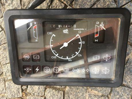 Zegar do JCB Fastrac 2135