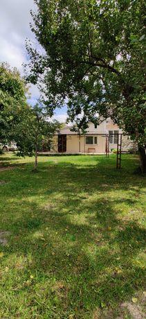 Продам квартиру со своим двором в военном городке 11 г. Василькова