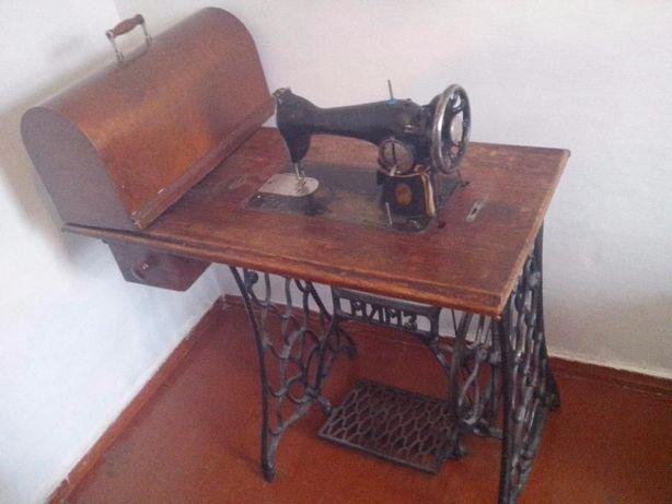 Швейная машинка ПМЗ (раритет)