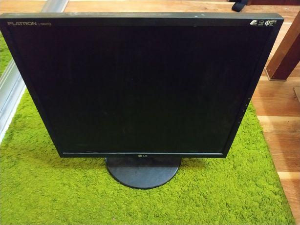 """Монитор 19"""" LG Electronics L1952TQ-BF Черный"""
