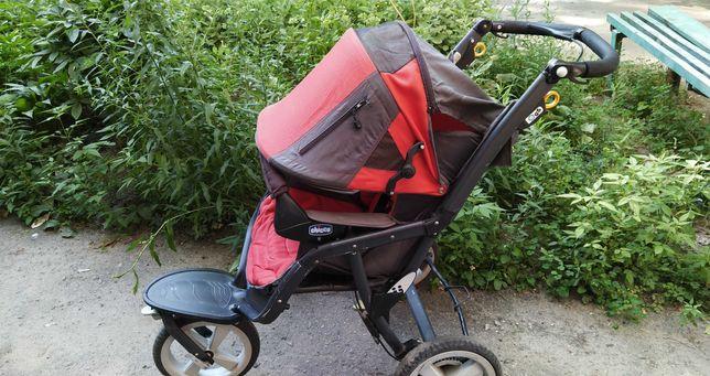 Прогулочная трехколесная коляска Chicco S3, красная. + матрас и чехол
