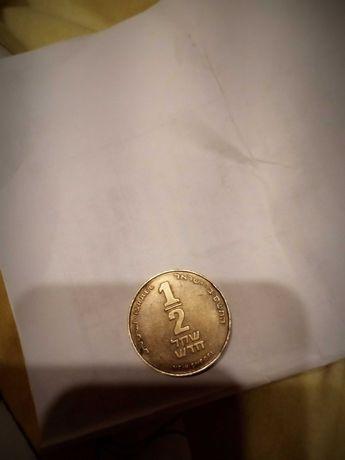 Монета 1/2шекеля(ботинок)