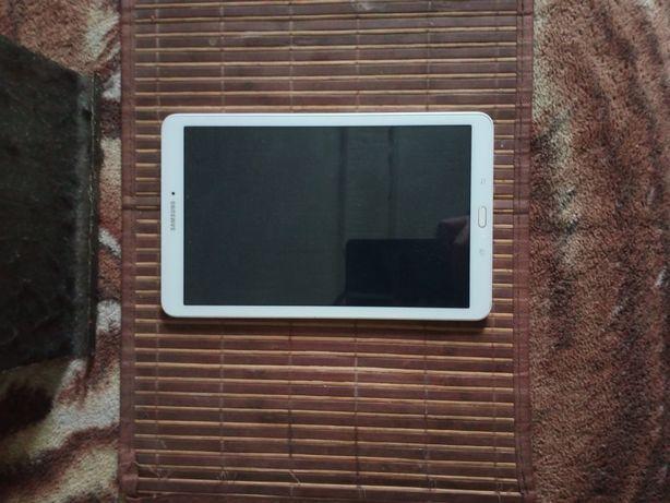 "Продам Планшет Samsung Galaxy Tab E 9.6"""