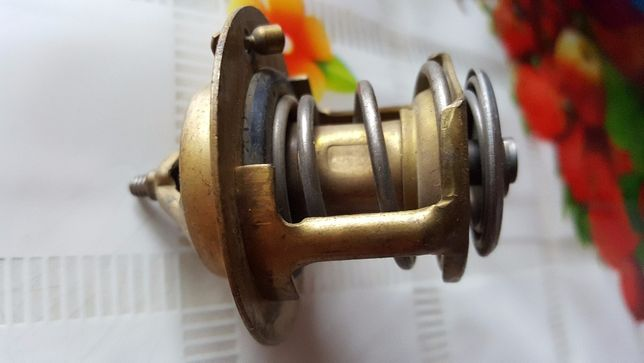 Клапан термостата ВАЗ