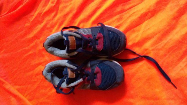 Фирменные кроссовки на мальчика,недорого