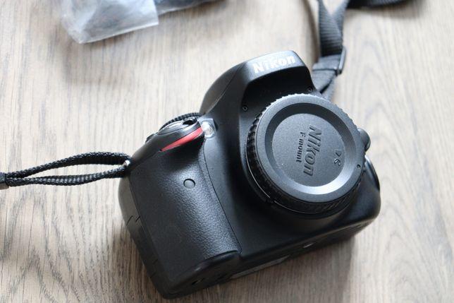 Зеркальный фотоаппарат  Nikon 5100