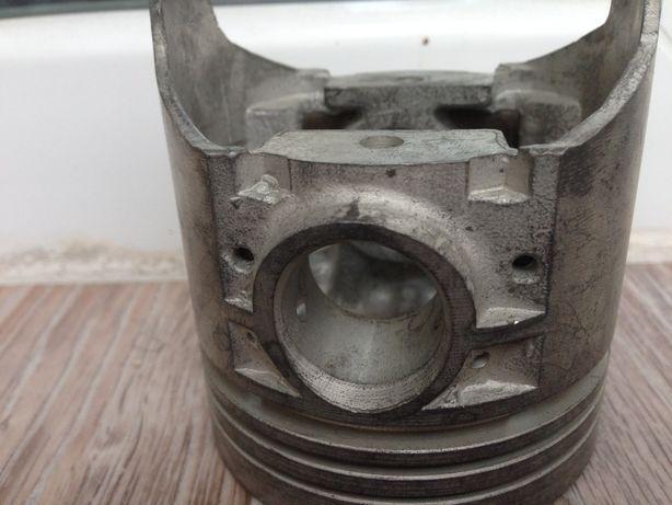 Поршни ВАЗ 2101 Д1 76 мм СССР