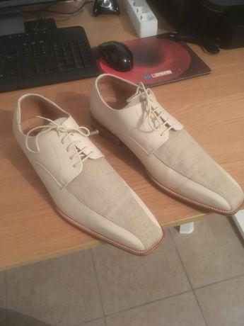 Sapatos AZZAR0